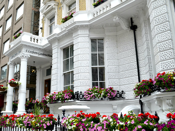 Lexham Gardens Hotel is located close to High Street Kensington Station