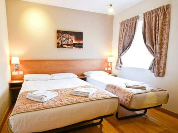 Triple rooms at Kings Cross Inn Hotel are the ideal choice for groups of friends or families