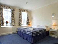 A typical double room at Kingsland Hotel