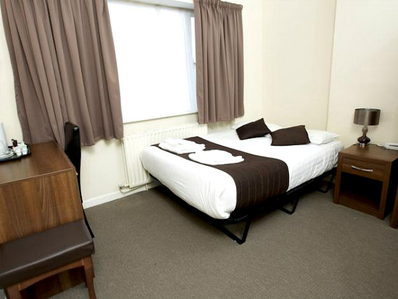 A typical room at King Solomon Hotel London
