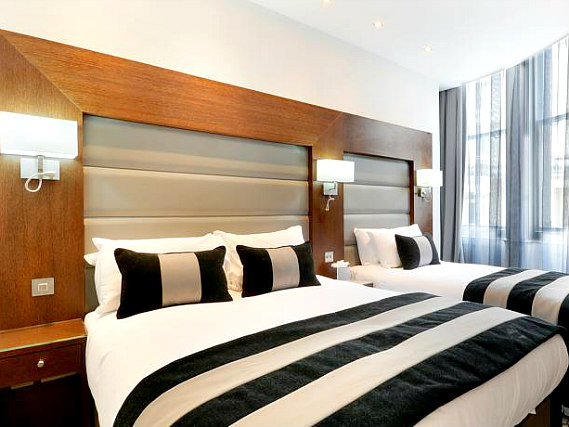 Triple rooms at Paddington Court Hotel are the ideal choice for groups of friends or families