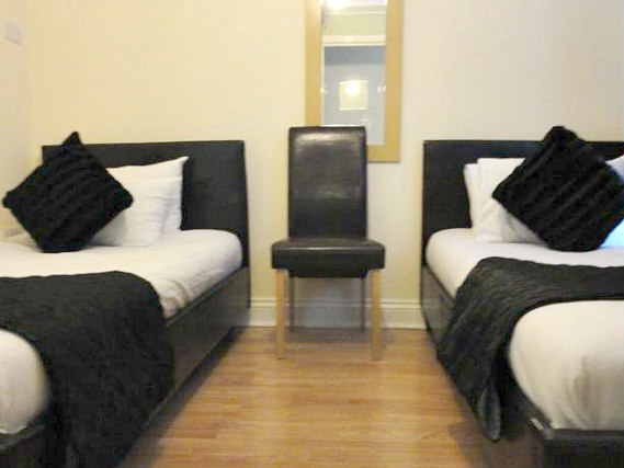 A typical twin room at City View Hotel Roman Road Market