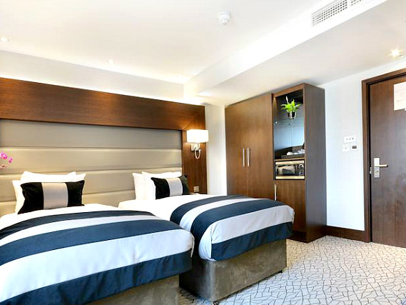 A twin room at Paddington Court Rooms is perfect for two guests
