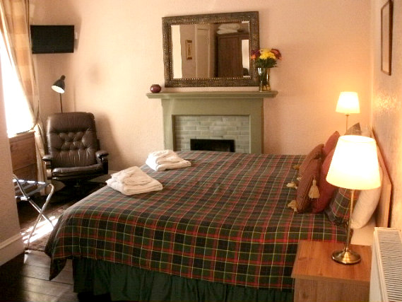 Get a good night's sleep in your comfortable room at Aynetree Guest House
