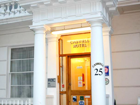 Caswell Hotel London Victoria is situated in a prime location in Victoria close to Pimlico tube station