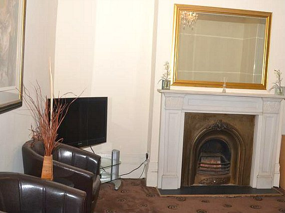 Lounge area at Romford Road Accommodation