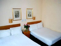 All rooms at Lord Kensington Hotel are comfortable and clean