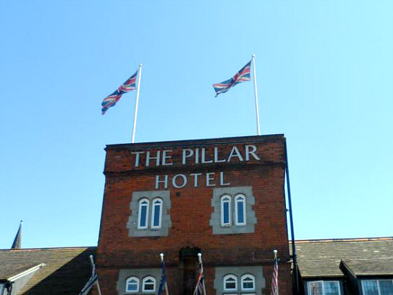The Pillar Hotel London is situated in a prime location in Brent Cross close to Kenwood House