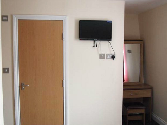 Rooms are A room at Earls Court Garden Hostelsimple but clean