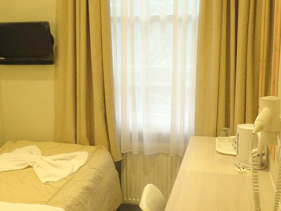 Single rooms at Central Hotel London provide privacy