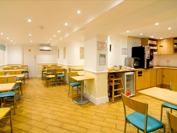 Enjoy a great breakfast at Comfort Inn London - Westminster