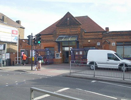 Tooting Train Station Address London Road