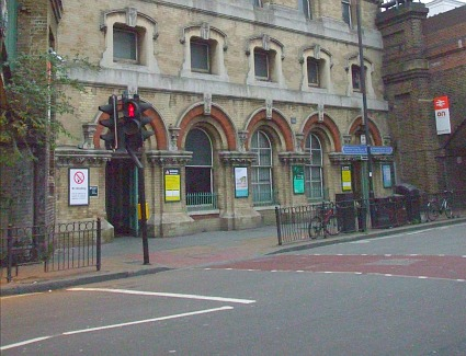 Battersea Park Train Station