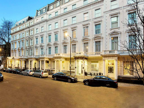 Queens Park Hotel is situated in a prime location in Bayswater close to Kensington Gardens