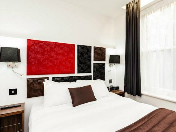Unwind after a busy day exploring London in the comfort of your double room