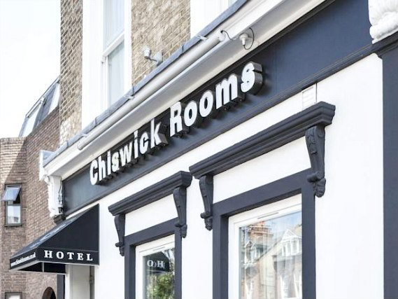 Chiswick Rooms is conveniently located near Hammermisht Apollo and close to Stamford Brook tube station