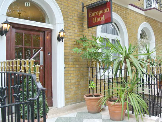 European Hotel is situated in a prime location in Kings Cross close to Kings Cross Station