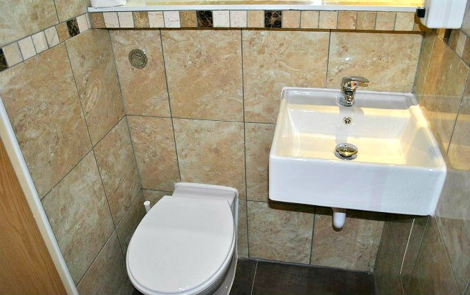 A typical bathroom at Carlton Hotel