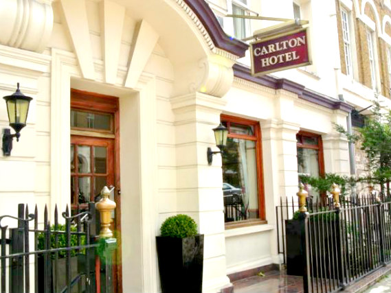 Carlton Hotel London is situated in a prime location in Kings Cross close to  Kings Cross Train Station