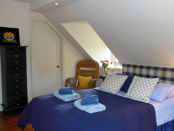 Spacious Double room at BB London Organic