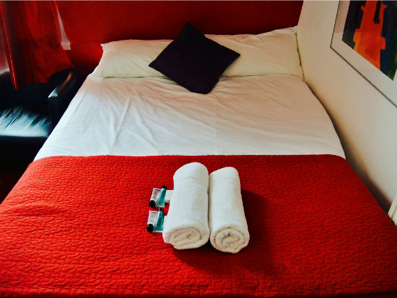 A double room at Chester Hotel Victoria is perfect for a couple