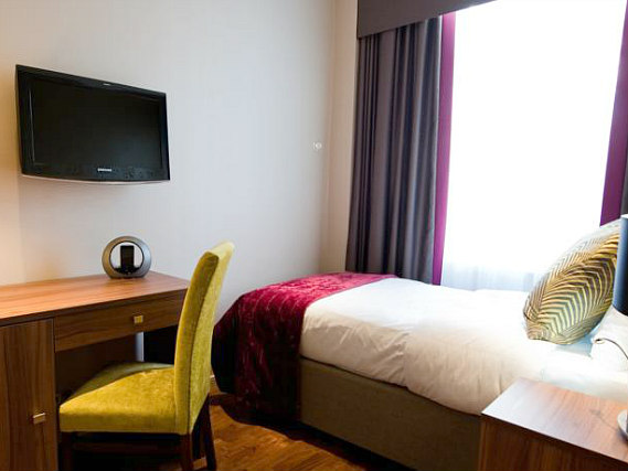 Single rooms at Best Western Mornington provide privacy