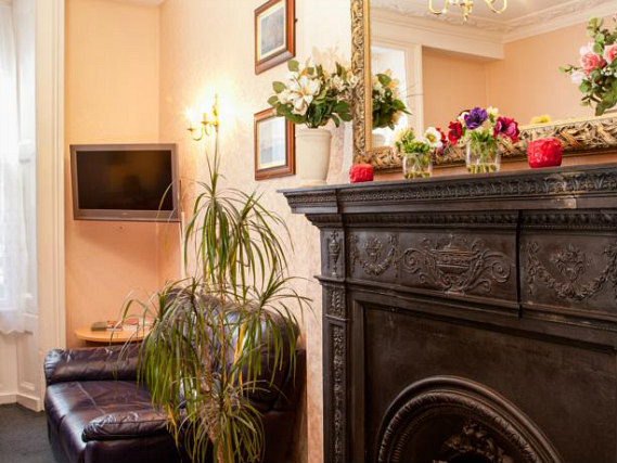 Relax in the lounge at Normandie Hotel London