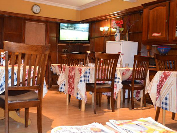 A place to eat at Twickenham Guest House