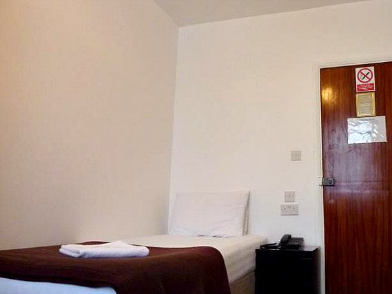 Single rooms at Notting Hill Hotel provide privacy
