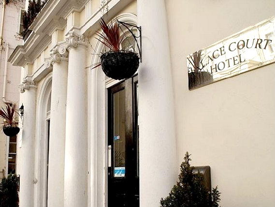 Palace Court Hotel London is situated in a prime location in Bayswater close to Kensington Gardens