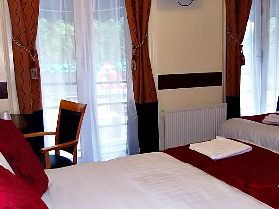 Triple rooms at Victoria Station Hotel are the ideal choice for groups of friends or families