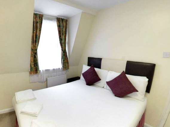 Double room at Victoria Station Hotel