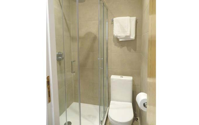A typical shower system at Glendale Hyde Park Hotel