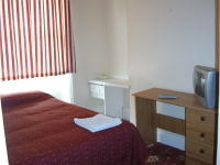 A Double Room at Colliers Hotel - clean and comfortable