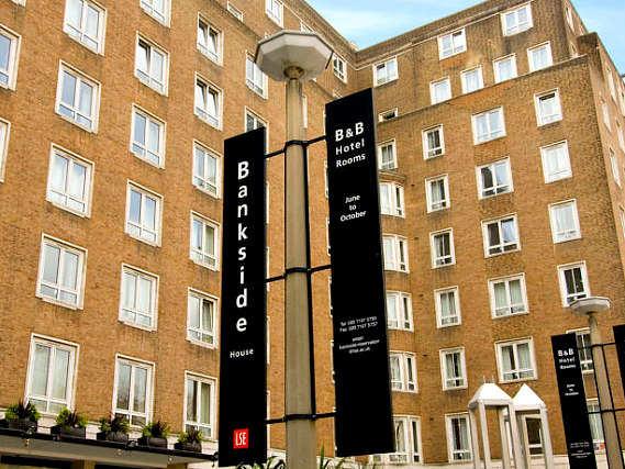 Bankside Apartments TopFloor! is situated in a prime location in Bankside close to Shakespeares Globe Theatre