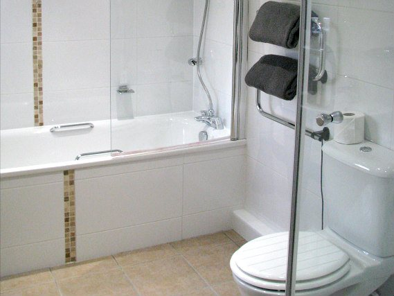 Bathrooms are stylish and modern at Park House Serviced Apartments