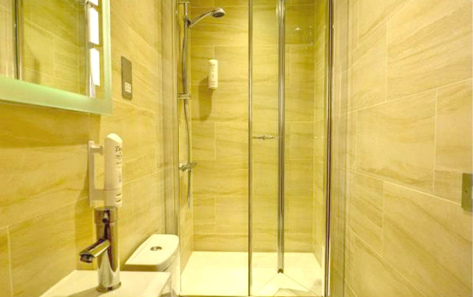 Shower system at Comfort Inn Hyde Park