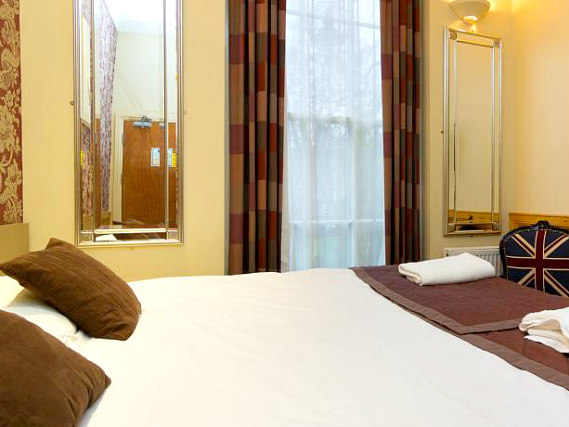 A typical double room at Excelsior Hotel
