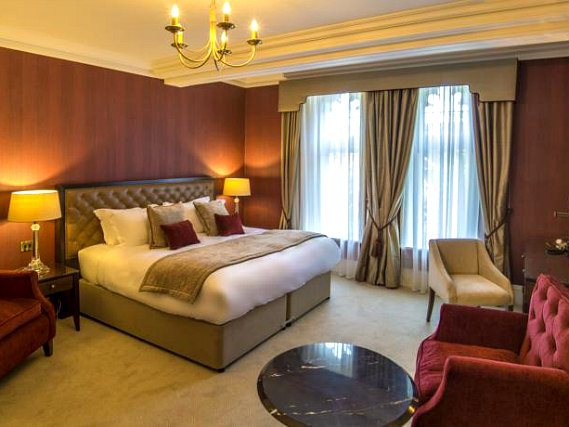 A double room at St Pauls Hotel is perfect for a couple