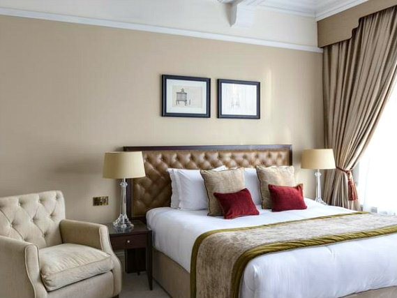 Get a good night's sleep in your comfortable room at St Pauls Hotel