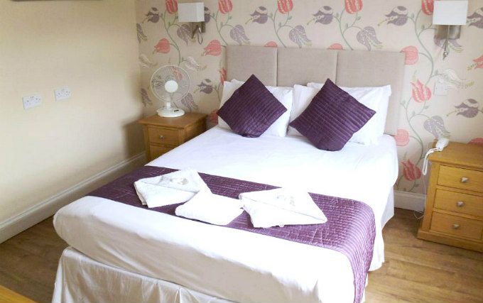 A comfortable double room at George Hotel Bloomsbury