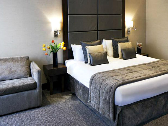 A typical double room at Grange Wellington Hotel