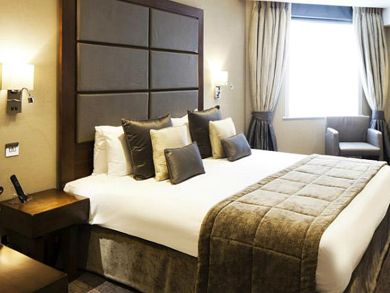 Get a good night's sleep in your comfortable room at Grange Wellington Hotel