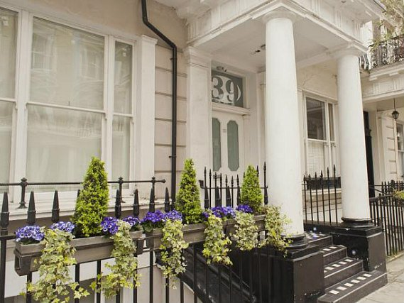 39 Suites London is situated in a prime location in Bayswater close to Queensway