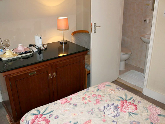 Single rooms at Hotel Sergul provide privacy
