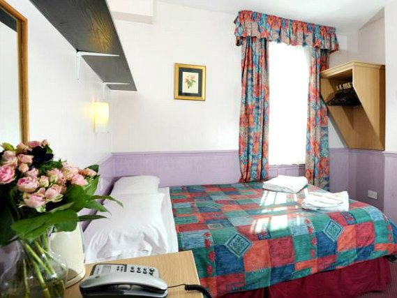 Get a good night's sleep in your comfortable room at Marble Arch Inn