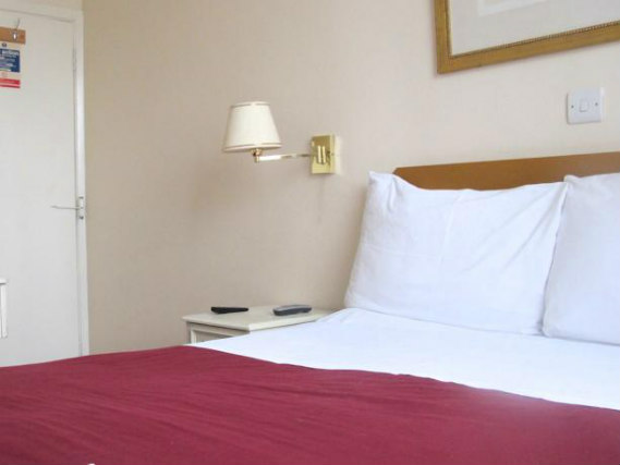 A double room at Chiswick Lodge Hotel