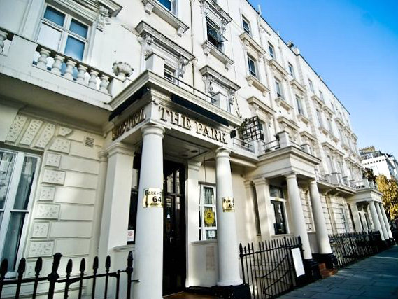 Park Hotel London is situated in a prime location in Victoria close to St Georges Square