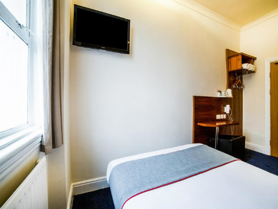 Double Room at Park Hotel London