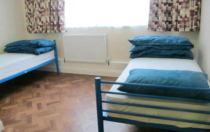A twin room at Northfields Hostel London